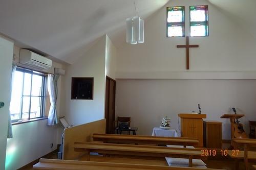 秋の午後の礼拝堂