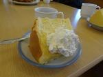須崎教会との交わり会での、差し入れシフォンケーキ