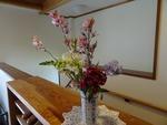 29日(祝) 玄関の花